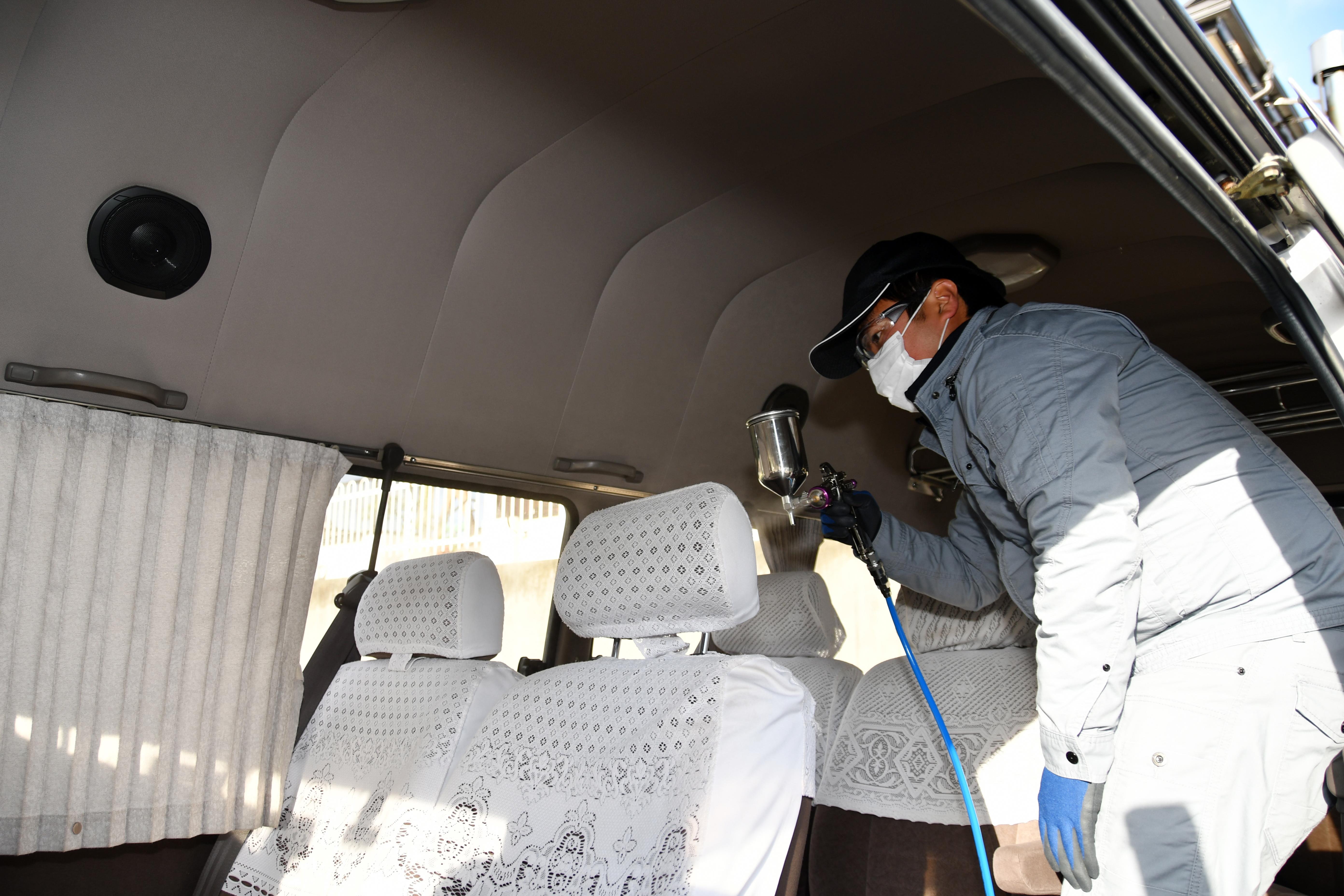 画像:タクシー・バスを抗菌・抗ウイルスコーティングしました。