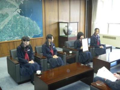 画像:久慈中学校マンドリン部受賞報告
