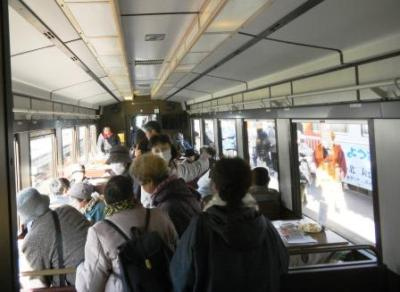 画像:三陸鉄道こたつ列車