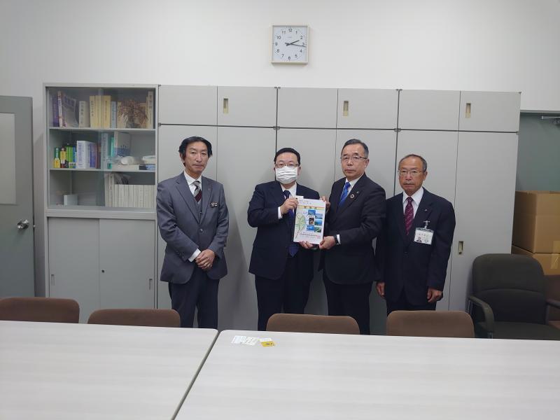 三北 角田 財務省主計局次長.JPG