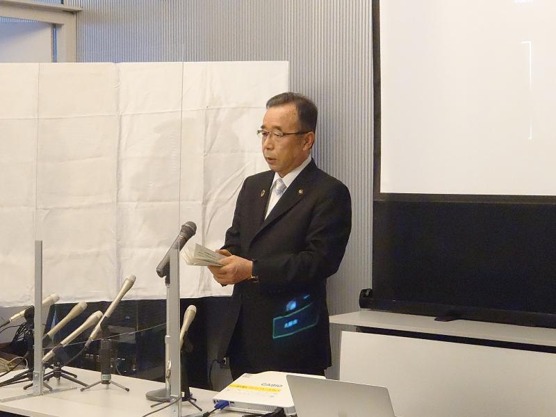 「アドクス・コハク」記者会見 (3).JPG
